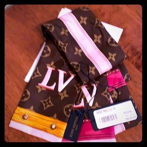 Louis Vuitton Silk Bandeau Summer Trunk